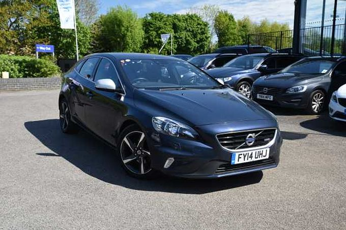 Volvo V40 R-Design (Winter pack,dab radio and rain sensor wipers)